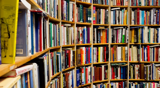 5 Sites To Buy Books (Not Amazon)